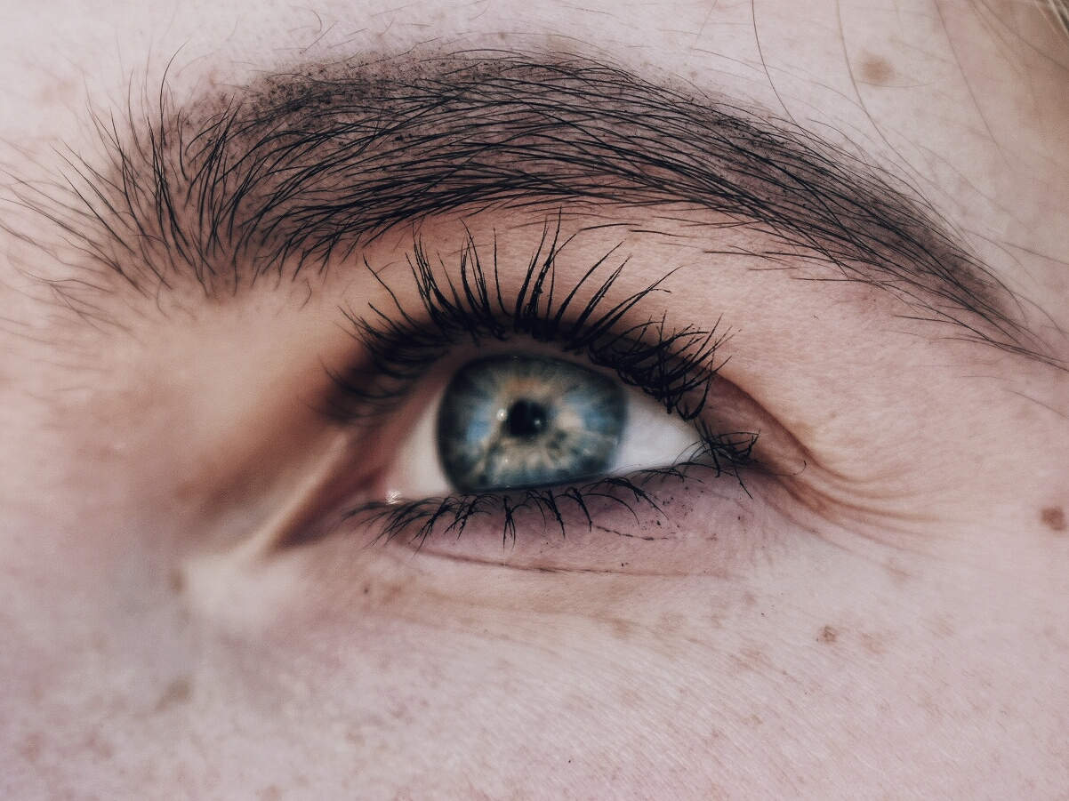 Get Best Eyebrow Growth Serum Before And After Images