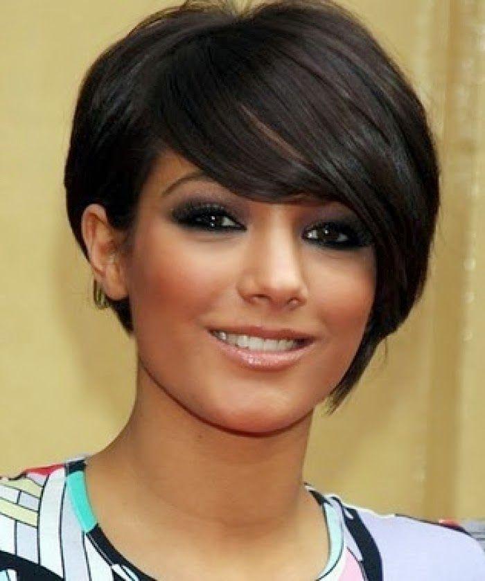 Best Short Haircut For Round Face Women