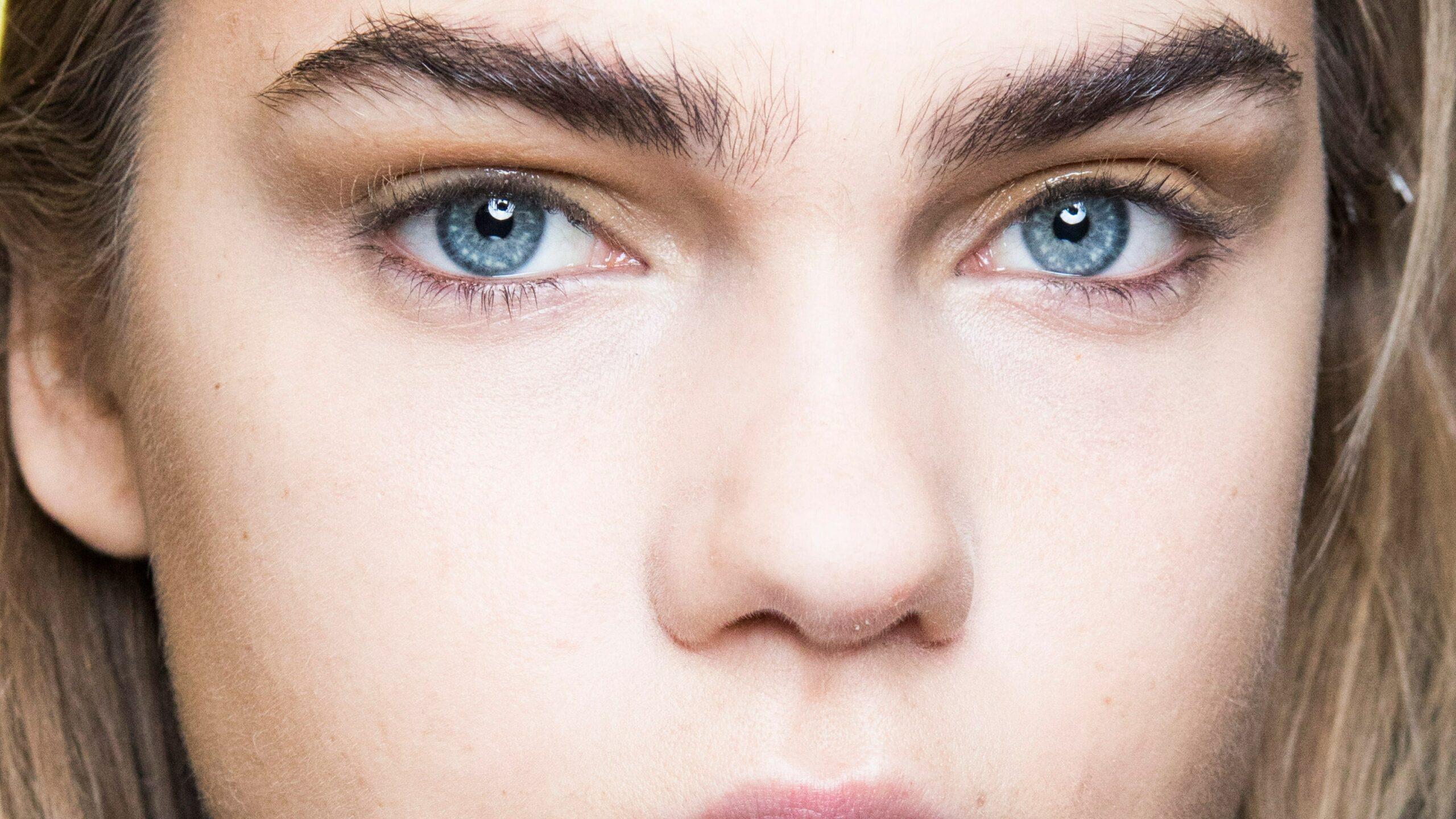 Do Eyebrows Grow Back Thicker After Plucking