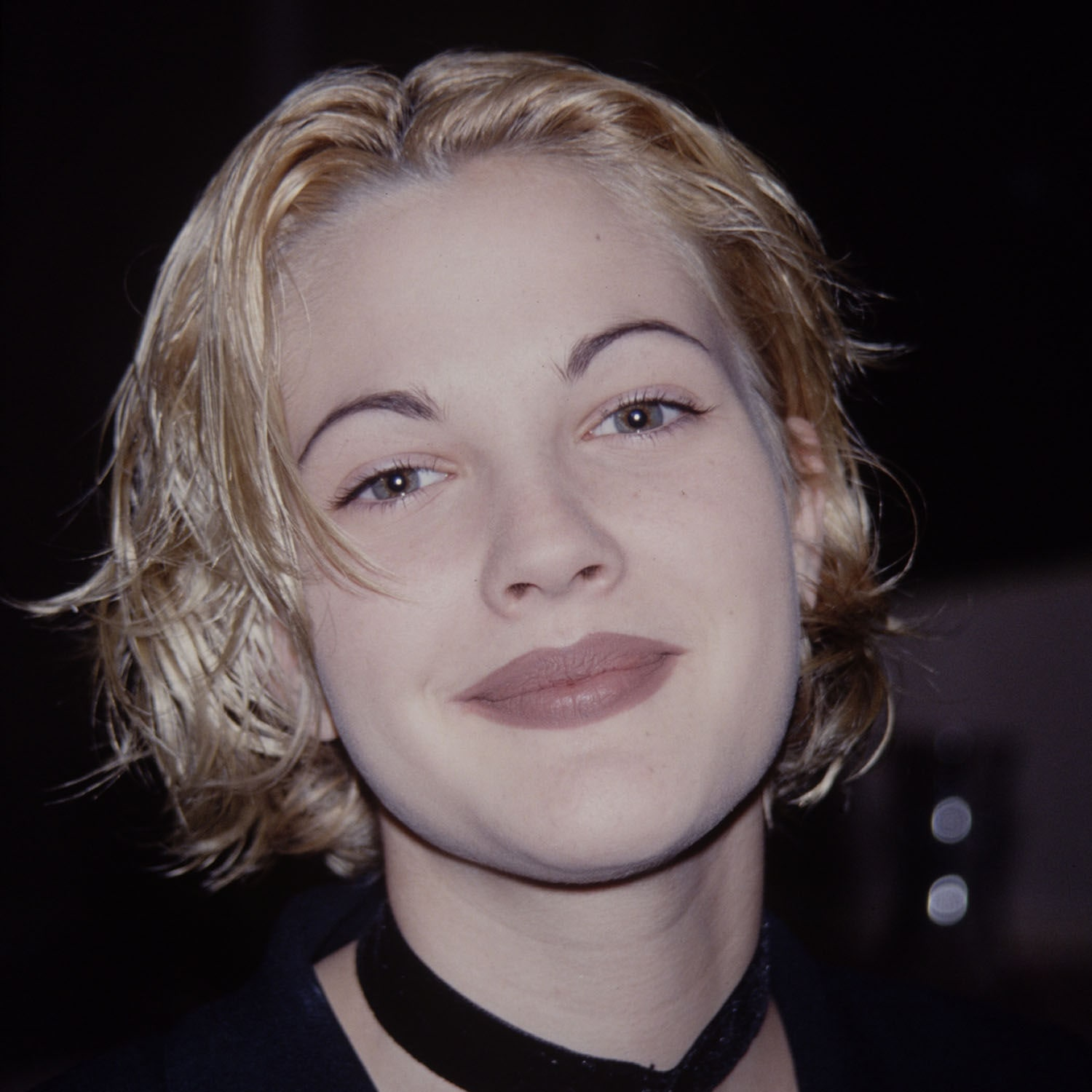 Thin Eyebrows In The 90s